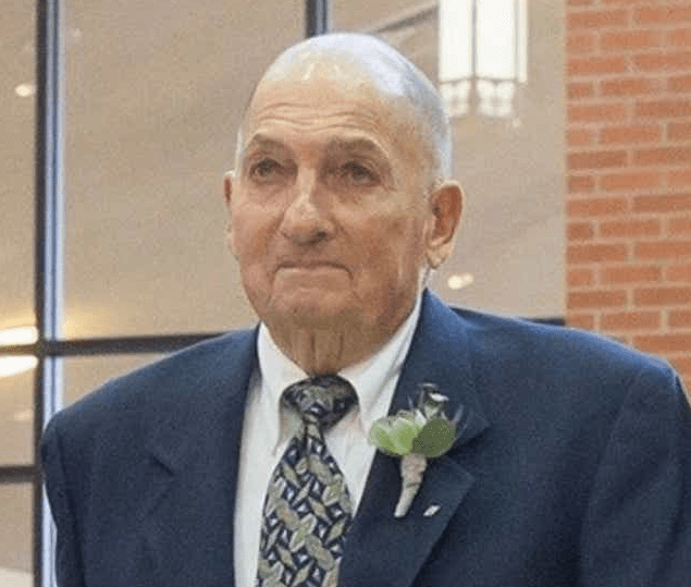 Photo of Real Life Hero: 88-Year-Old Man Sacrifices His Life to Save 2 Children