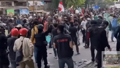 Photo of Protests in Indonesia Intensify Over New Labor Laws